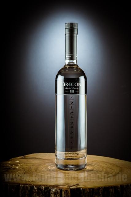 Brecon-Gin-Wales-Penderyn-feinBrand-Taucha