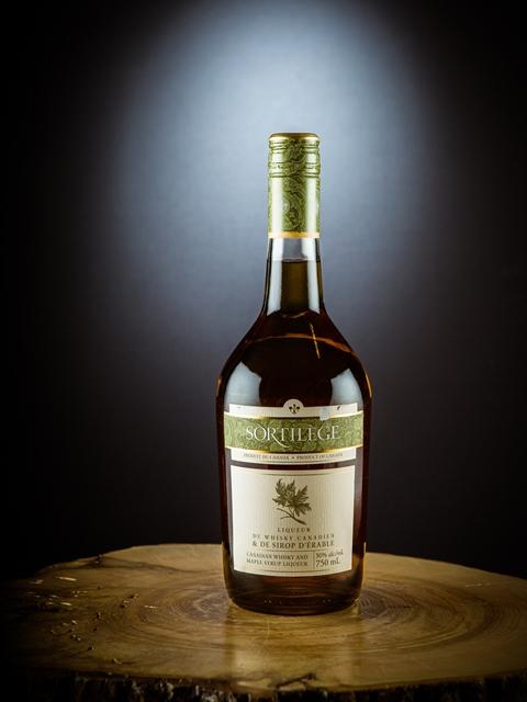 Sortilege-Whiskey-Ahornsirup-Likoer-Kanada-Quebec