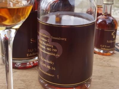 Schlosswhisky Schloß Neuenburg