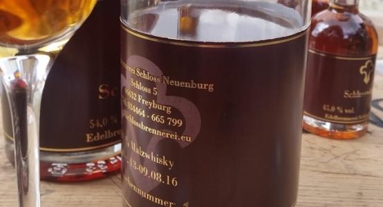 Schlosswhisky 3 Schloß Neuenburg
